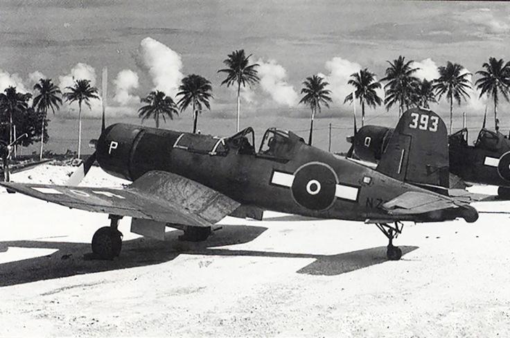 Vought-F4U-1A-Corsair-RNZAF-White-P-NZ5393-BuNo-50182-Espiritu-Santo-02
